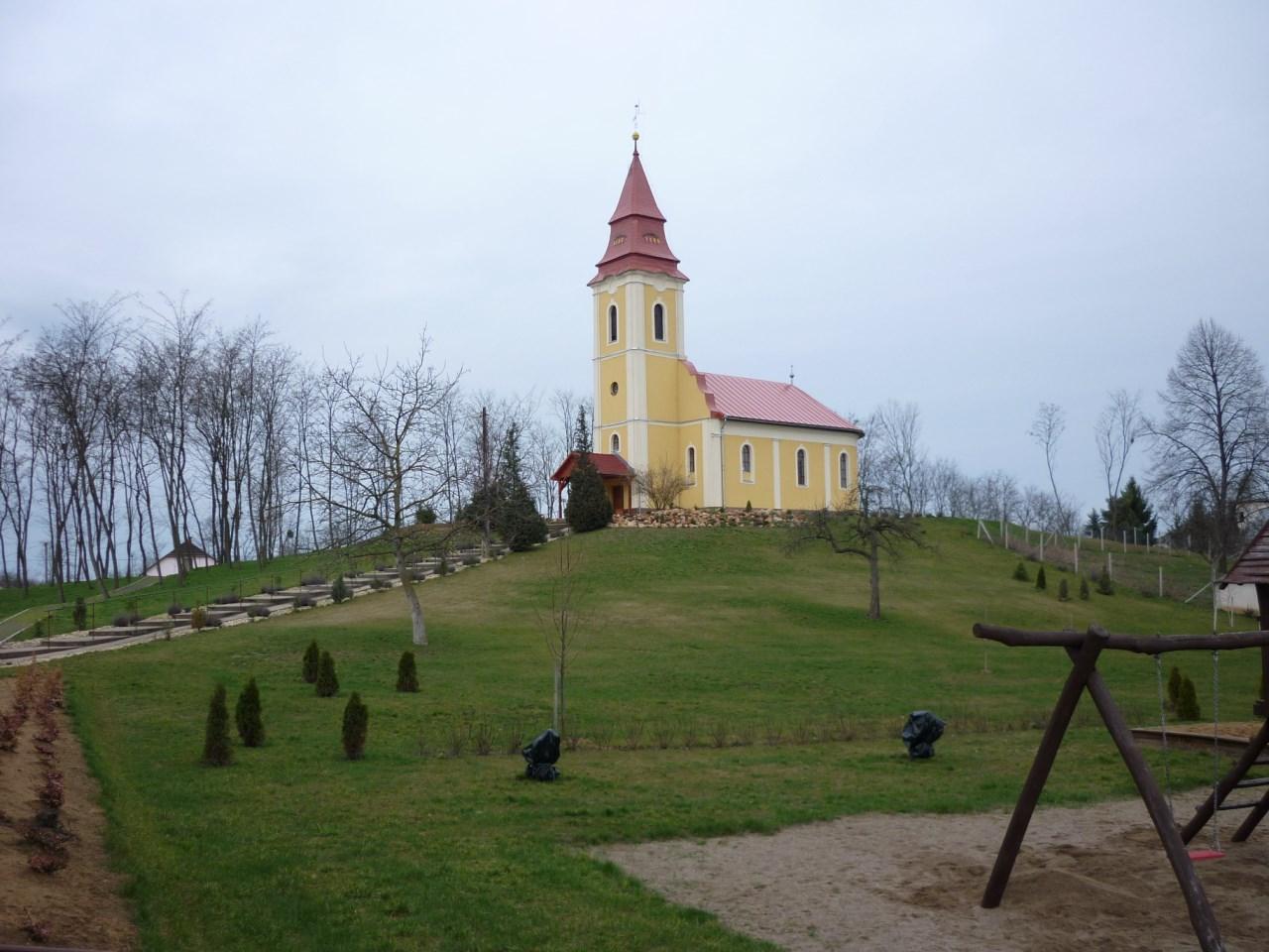 Református templom Újkenézben
