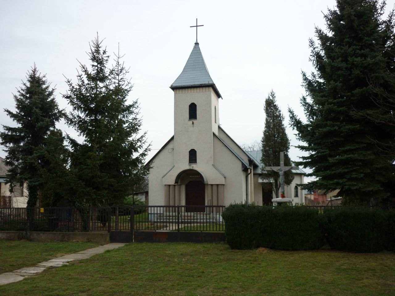 Görög katolikus templom Újkenézben